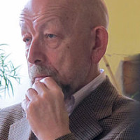 Генисаретский О.И. -  российский учёный, доктор искусствоведения, философ.  деятель.