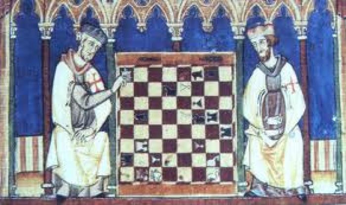 Рыцари Христа - тамплиеры Два тамплиера играющих в шахматы. Миниатюра из и